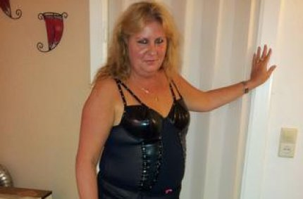 swinger sexkontakte, versaute and omas
